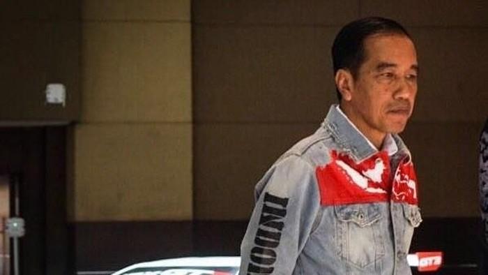 Jaket denim Presiden Jokowi populer di pencarian Google 2018. Foto: Instagram