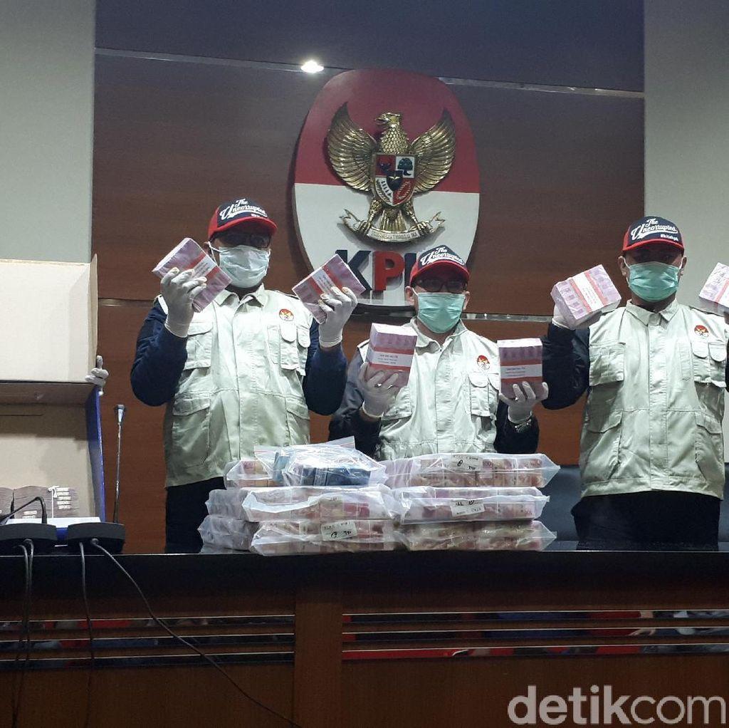 KPK: Selain Suap, Deputi IV Kemenpora Diduga Terima Mobil Fortuner