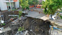 Cek Jalan Gubeng Ambles, Kementerian PUPR akan Panggil Kontraktor