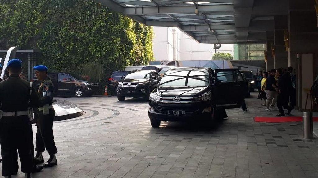 Saat Jokowi Bolak-balik Ganti Innova dan Mercy