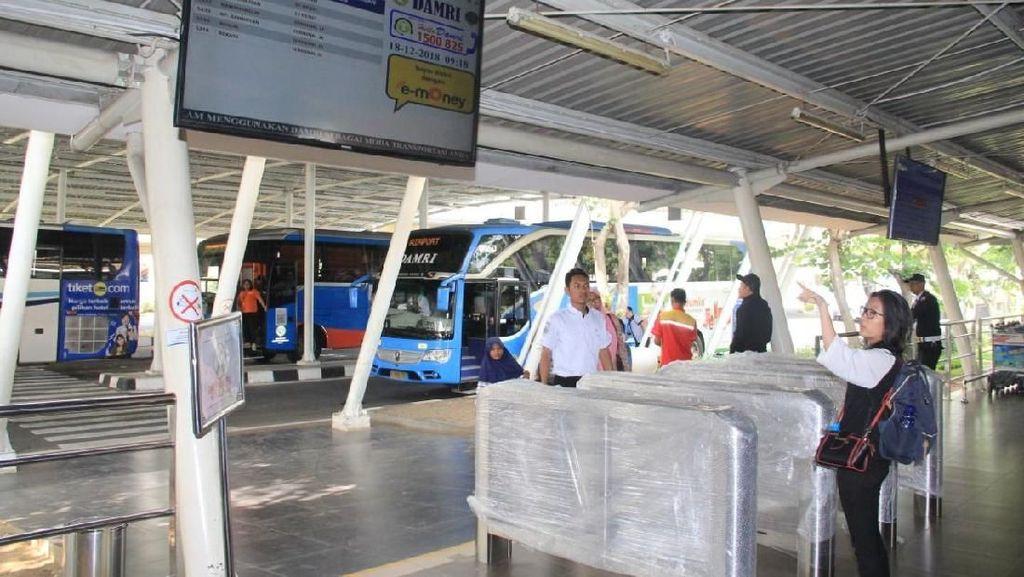 Naik Bus Bandara di Terminal 2 Soetta Kini Lebih Mudah dan Nyaman
