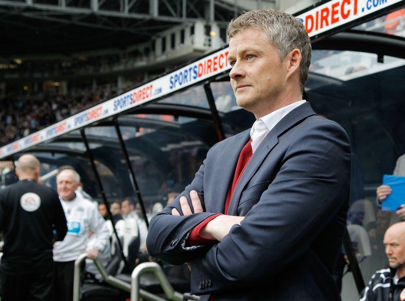 Ole Gunnar Solskjaer ditunjuk sebagai caretaker Manchester United menyusul pemecatan Jose Mourinho. Solskjaer bukanlah nama yang asing bagi Setan Merah, sebab dulunya dia merupakan salah satu ujung tombak andalan pada periode tahun 1996 hingga 2007 (Richard Sellers/Getty Images)