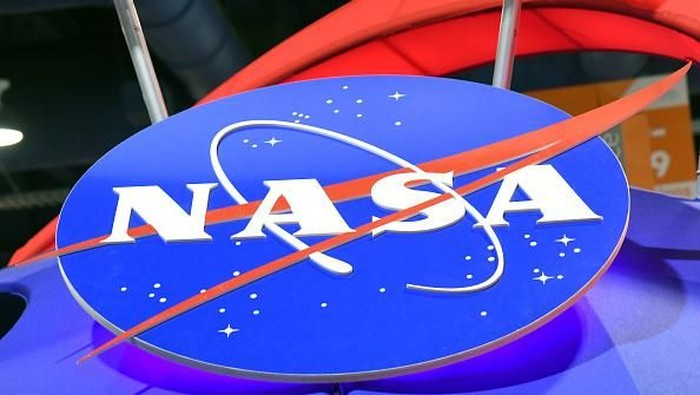 NASA pernah dibuat kalang kabut lantaran telepon nyasar yang dibuat oleh seorang astronot yang sedang menjalani misi di stasiun luar angkasa. Foto: Getty Images