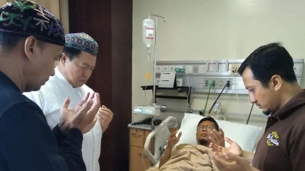 Aa Gym Dirawat karena Kelelahan, Yusuf Mansur Harap Tak Ada Penyakit Serius