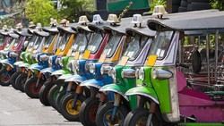 Wisata Thailand Mati Suri, Sopir Tuk-tuk Mati Kutu