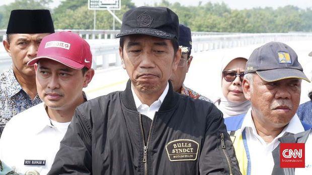 Presiden Jokowi berulangkali membantah dirinya keturunan ataupun anggota PKI.