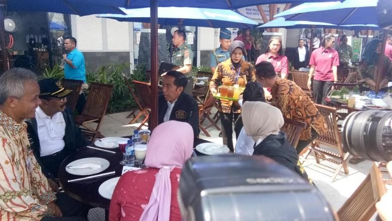 Jokowi Tinjau Rest Area Trans Jawa dan Cicipi Makanan UMKM