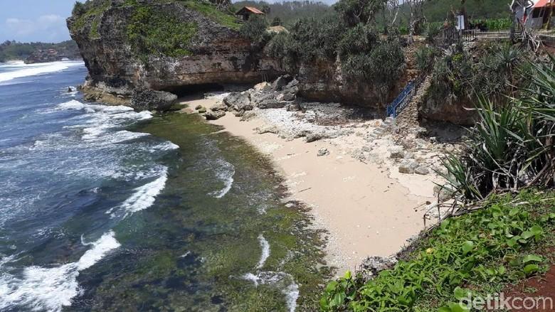 Foto: Ilustrasi pantai di Gunungkidul (Pradito Rida Pertana/detikTravel)