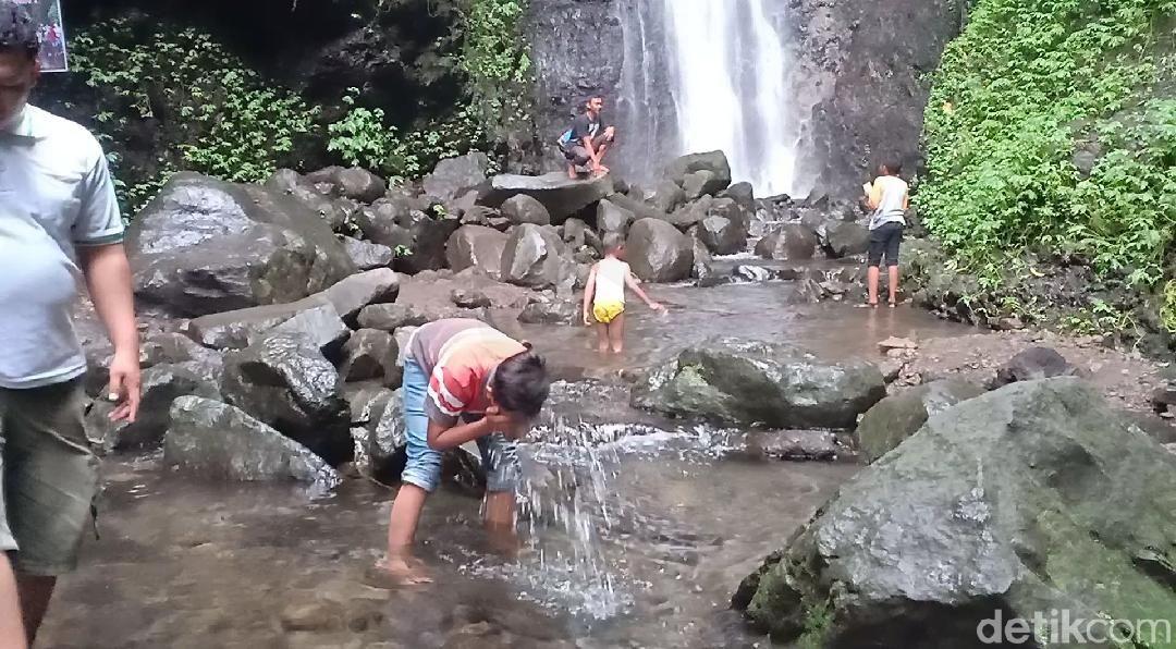 Air terjun Srambang Park