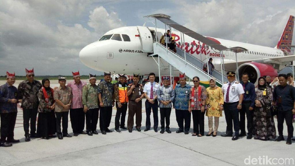 Penerbangan Perdana Batik Air Jakarta-Banyuwangi Penuh