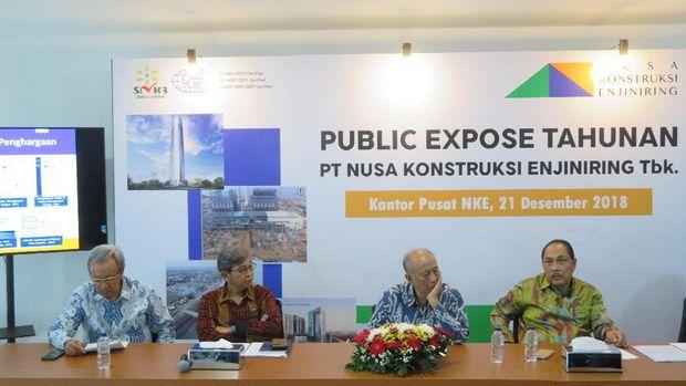 Konferensi pers PT NKE terkait amblesnya Jalan Raya Gubeng