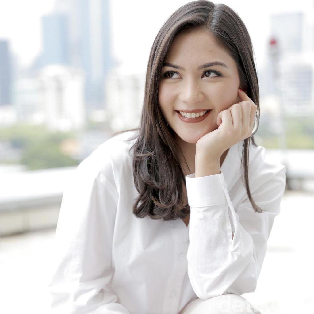 Jessica Mila Panik Urus Pernikahan di Film Bridezilla