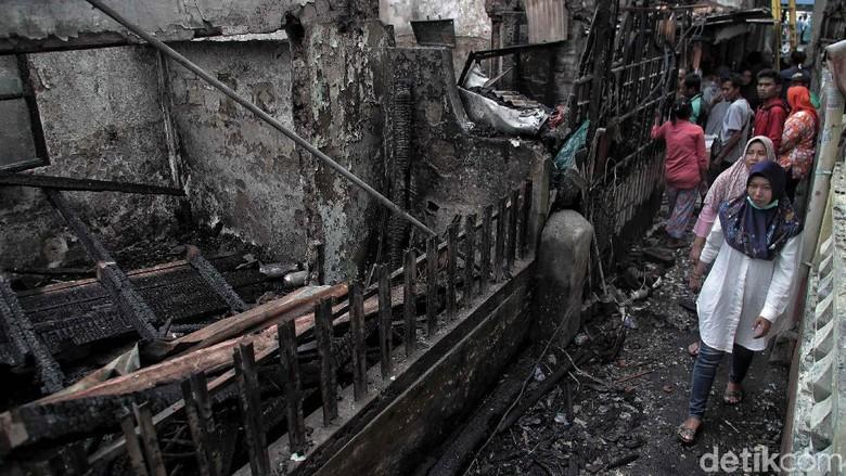 Kebakaran di Sawah Besar Hanguskan 7 Rumah