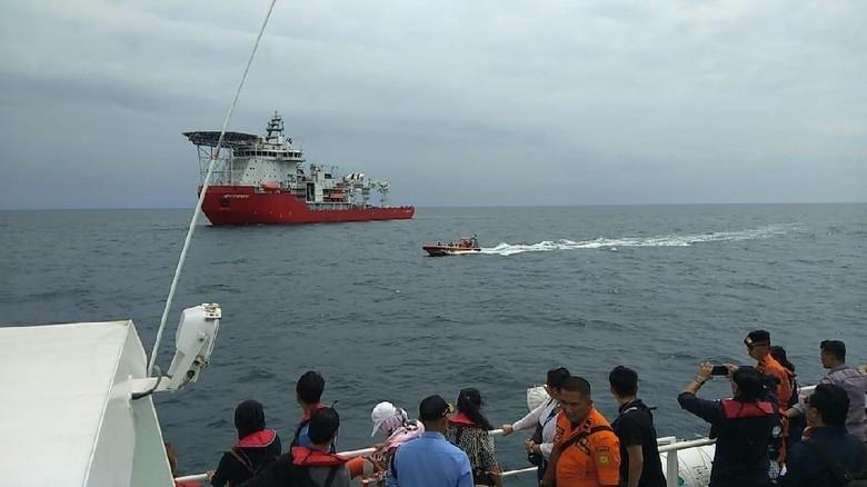 Lion Air Bawa Keluarga Korban ke Lokasi Jatuhnya PK-LQP