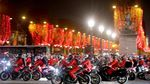 Heboh! Ratusan Santa Claus Memenuhi Jalanan Paris