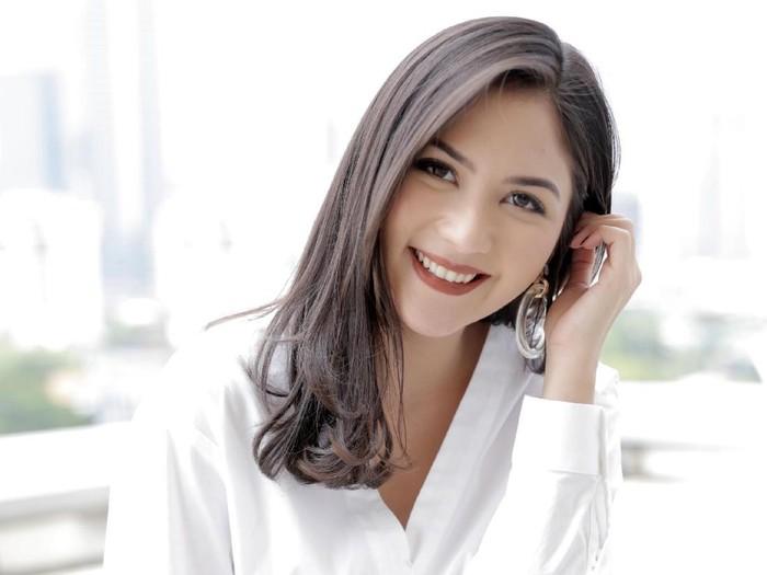 Kisah Bonceng Tiga Jessica Mila Enzy Storia Dan Driver Ojol