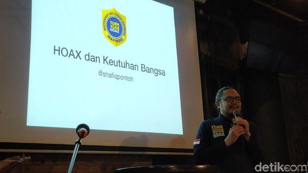 Shafiq Pontoh dari Masyarakat Anti Fitnah Indonesia (Marindo).