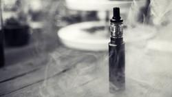 Vape Dikaitkan dengan Paru-paru Kolaps Bukan Cuma di AS