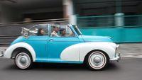 Hobi Mobil Klasik Tidak Mengenal Usia