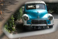 Mobil Hantu Suzzanna