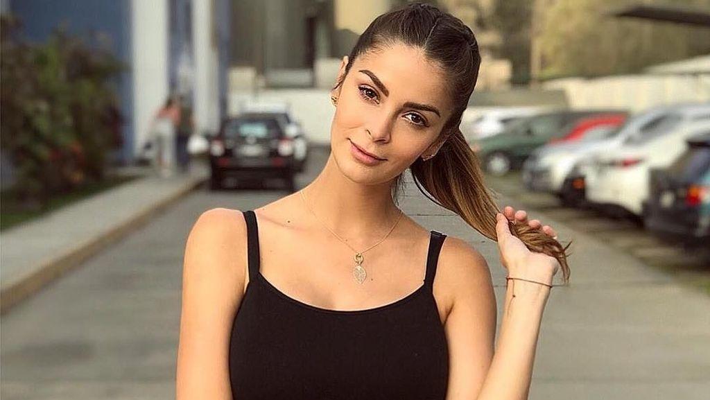 Foto: Liburannya Miss Peru 2015 yang Juga Model Seksi
