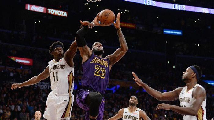 LA Lakers kalahkan New Orleans Pelicans lewat triple-double LeBron James (Gary A. Vasquez-USA TODAY Sports)