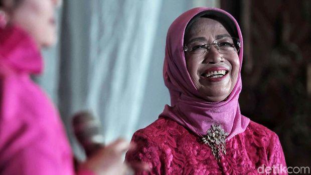 Ibunda Jokowi /