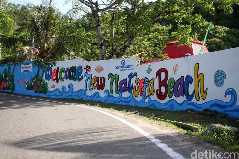 Ada dua pantai yang masuk dalam wilayah Kota Ambon, Maluku yakni Pantai Pintu Kota dan Pantai Natsepa (Rifkianto Nugroho/detikTravel)