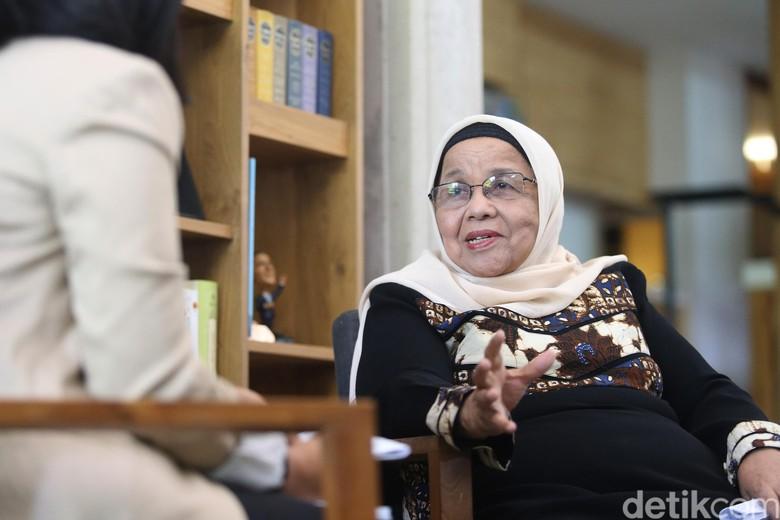 Tonton Eksklusif, Cerita Sang Ibu Membesarkan Anies Baswedan