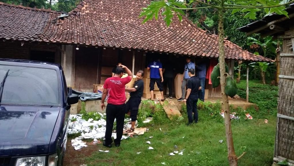 Bea Cukai Sita 700.000 Batang Rokok Ilegal di Jepara