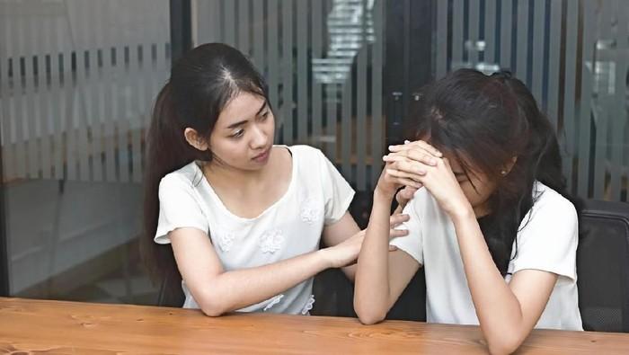 Pertanyaan sensitif seperti kapan kawin bisa merusak momen silaturahmi (Foto: iStock)