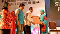 Menhub Hadiri Peringatan Hari Ibu di Palembang