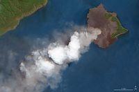 Geliat Gunung Anak Krakatau Sebelum Tsunami Menerjang