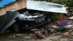 Mobil Bertumpuk, Keganasan Tsunami Anyer