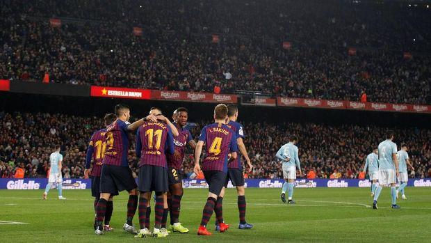 Barcelona memimpin klasemen Liga Spanyol pada jeda paruh musim 2018/2019.