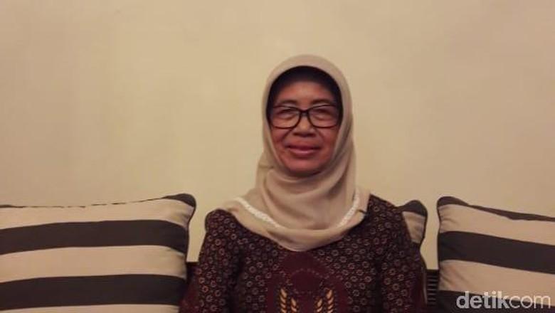 Ibunda Ungkap Masa Muda Jokowi: Suka Jingkrak-jingkrak di Kamar