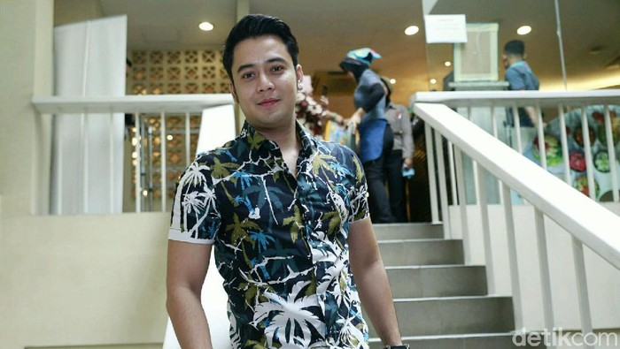 Kriss Hatta saat ditemui di Pengadilan Agama Bandung.