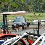 Mobil Terendam Tsunami, Ini Estimasi Biaya Bersihkan Interiornya