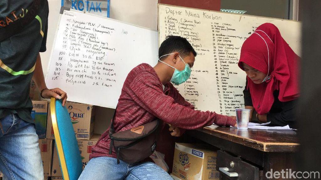 Mau Bantu Korban Tsunami Anyer? Pembalut dan Pakaian Dalam Banyak Dibutuhkan