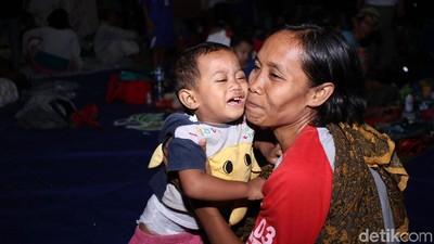 Ulurkan Bantuan untuk Korban Tsunami Melalui CT Arsa Foundation