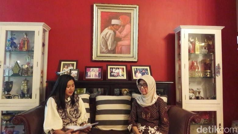 Tonton Sekarang! Wawancara Eksklusif, Wejangan Sudjiatmi untuk Jokowi