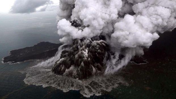 BMKG Ungkap Detik-detik Longsor Anak Krakatau Sebelum Tsunami