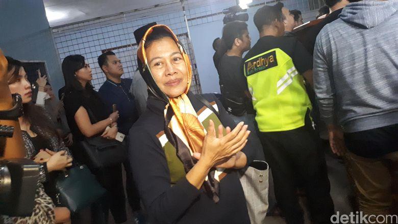 Ibunda Dylan Sahara sudah ikhlas anaknya telah pergi. Foto: Ibunda Dylan Sahara / Desi Puspasari