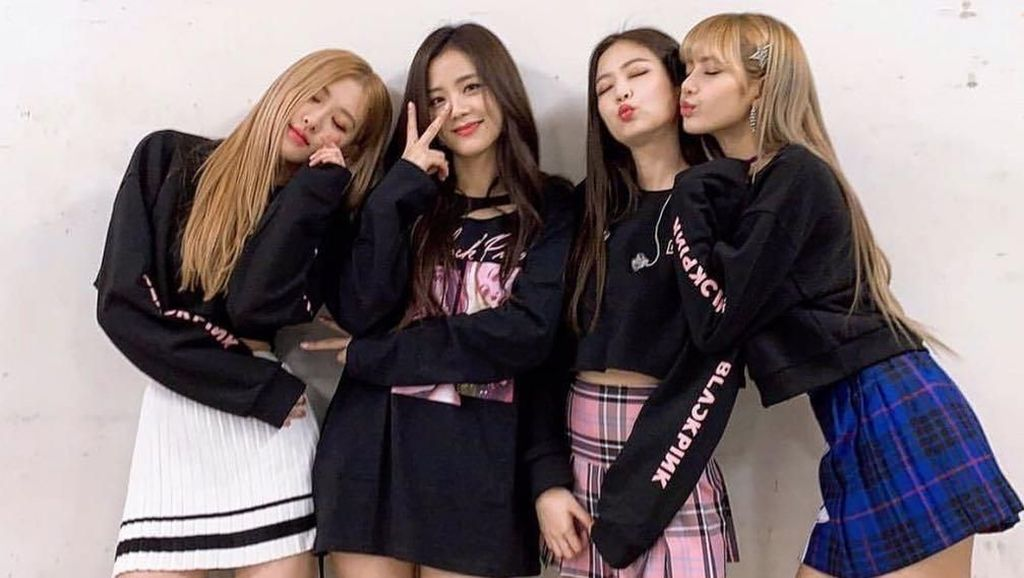 Tips Makeup dan Fashion Biar Sekece BLACKPINK