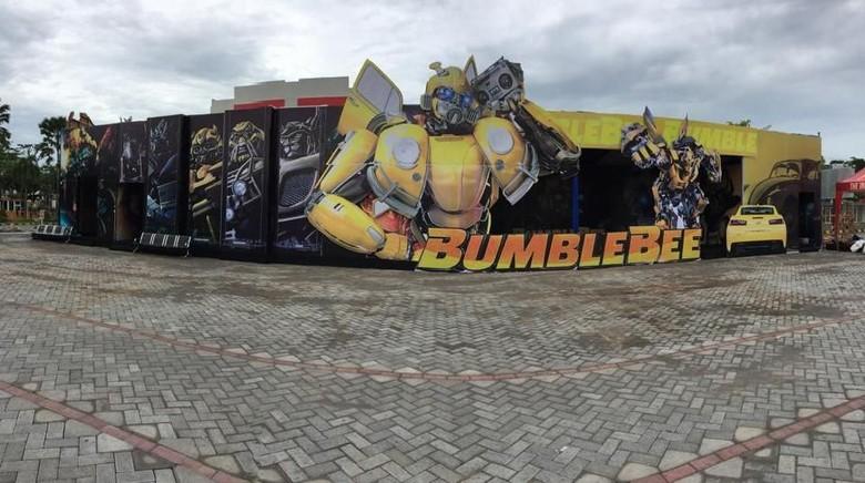 Unik, Pos Pengamanan Natal dan Tahun Baru ini Berkonsep Bumblebee