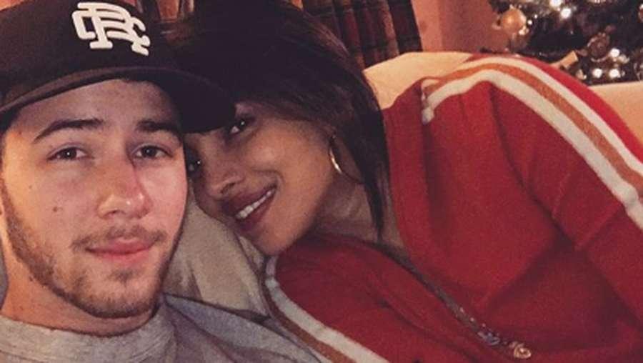 Mengintip Momen Natal Pertama Justin-Hailey dan Nick-Priyanka
