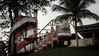 Ditinggalkan, Taman Sinterklas Ini Jadi Menyeramkan