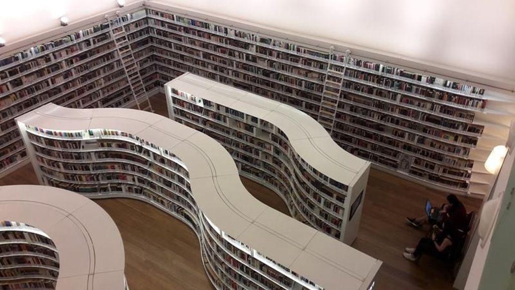 Ssst.. Ada Perpustakaan Tersembunyi di Orchard Road Singapura