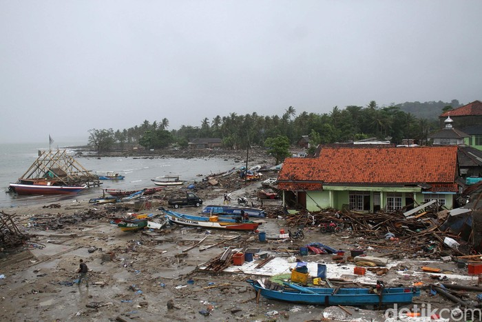 Kondisi pascatsunami Selat Sunda di Sumur, Pandeglang, Banten. Foto: Rifkianto Nugroho/detikinet