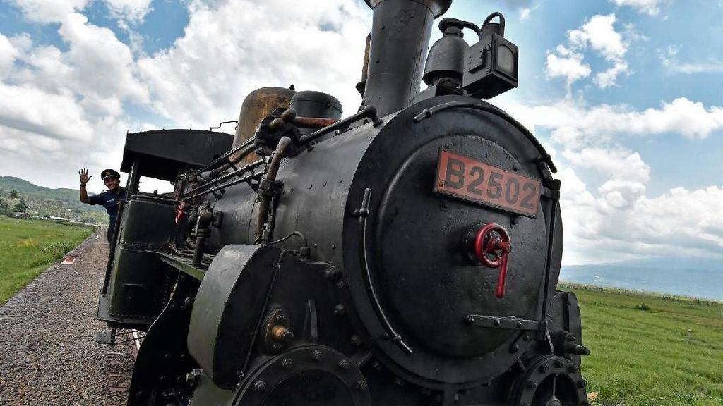 Yuk, Berkeliling Desa dengan Kereta Api Kuno Ambarawa